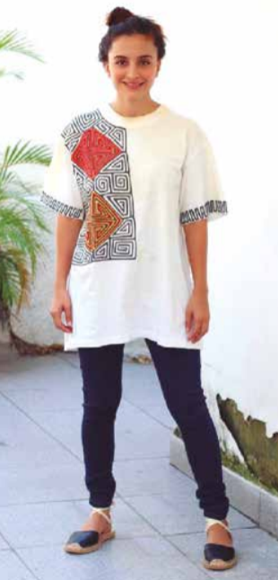 Camiseta con Molas Panameñas